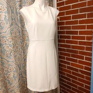 DIANE VON FURSTENBERG White dress size 10